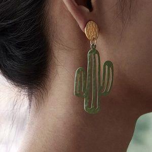 Round Decor Cactus Drop Earrings